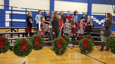 Wreaths Across America Visits Kennebunk High School